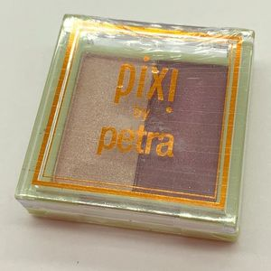 ❤️ Pixi by Petra Mesmerizing Duo Orchid Ornament